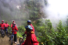 Bikers tackle waterfalls of death road from La Paz to Coroic